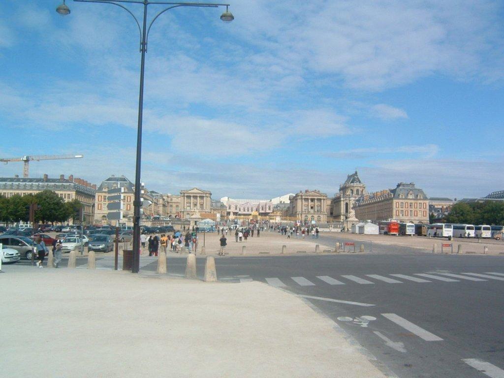 パリからベルサイユ宮殿は個人で安く行ける!