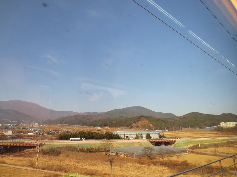 韓国旅行 (釜山駅からKTXで新慶州駅へ)